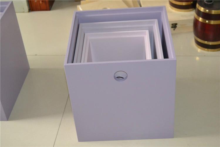 Fashionable collection box 5