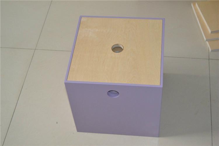 Fashionable collection box 1