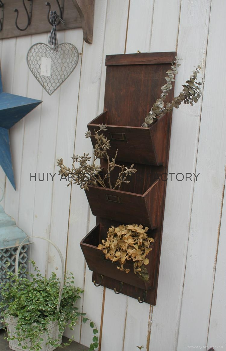 Wooden garden flower planters and pots               16