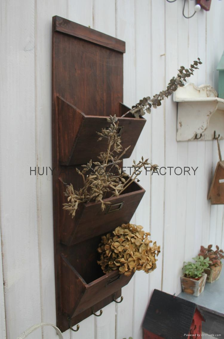 Wooden garden flower planters and pots               18