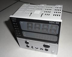 C36TC0UA2200 山武温控器