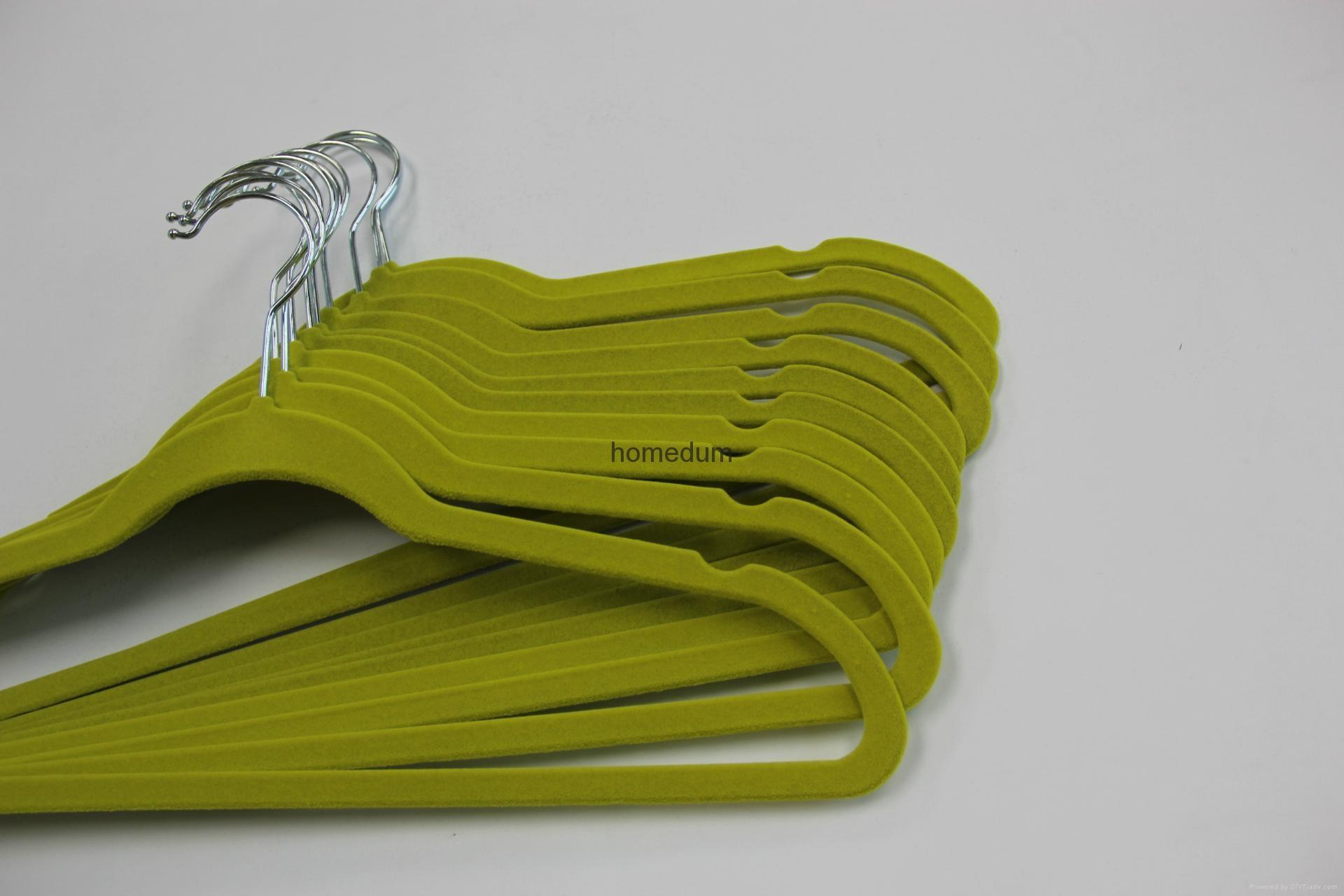 Velvet hanger 2