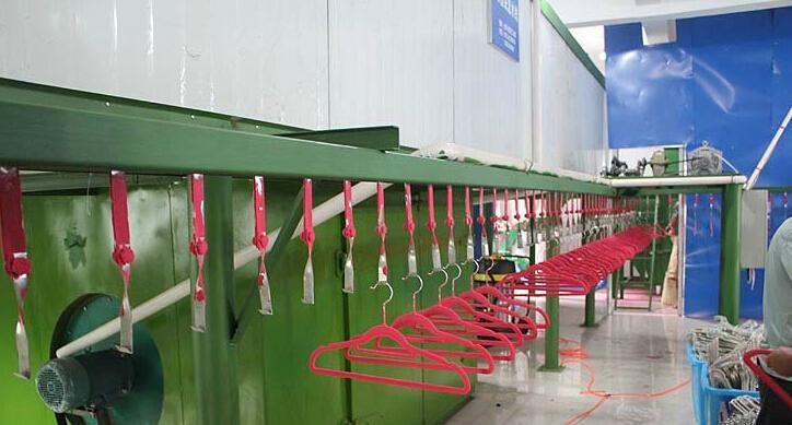 Plastic hanger  8