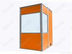 橙色大型会议同声传译翻译设备单人同传隔音房
