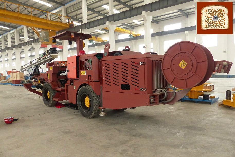 新型矿用轮胎式液压钻车 3