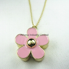 Novelty fashion Daisy flower solid perfume container/necklace