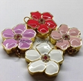 Fashion bauhinia flower solid perfume container necklace