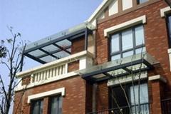 上海鋼結構玻璃雨篷