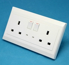 2 GANG BS SWITCH SOCKET WITH LED