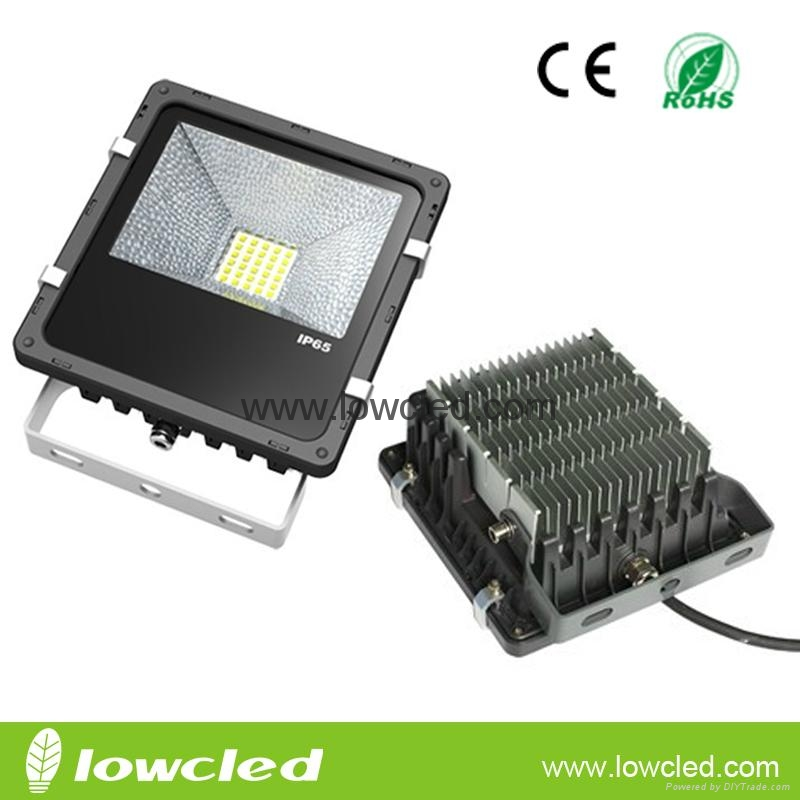 30W finned CREE chipset meanwell driver LED flood light light with 3years warran