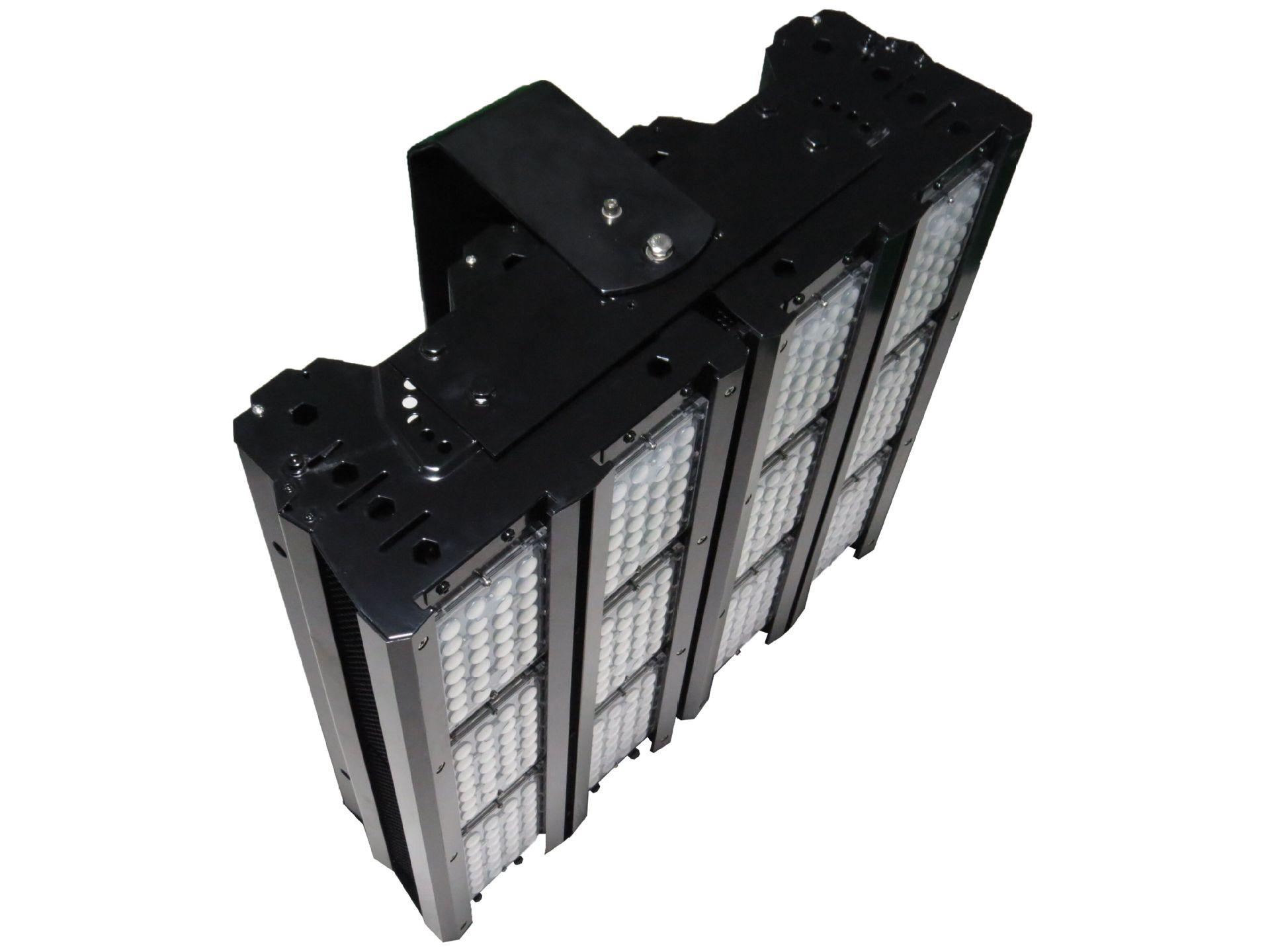 1000W 120LM/W IP65 IP66 LED Floodlight stadium light Sports lighting 2