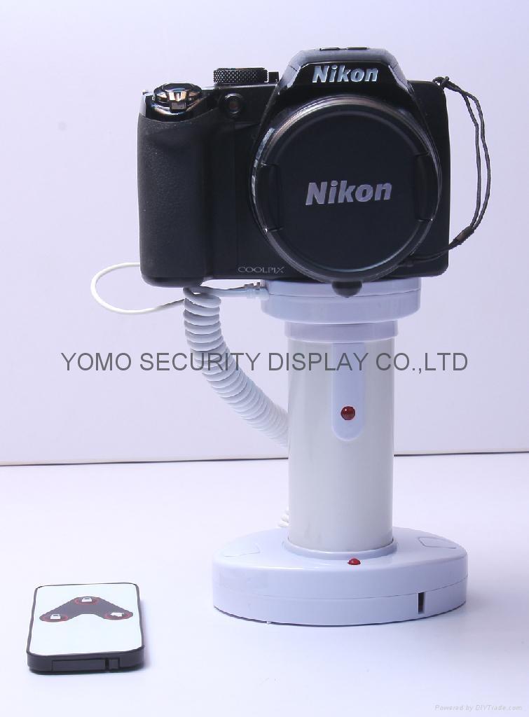 圓柱形相機報警器 充電防盜一體 真機防盜展示體驗 2