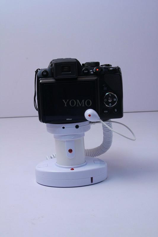 圓柱形相機報警器 充電防盜一體 真機防盜展示體驗 6