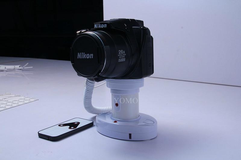 圓柱形相機報警器 充電防盜一體 真機防盜展示體驗 5