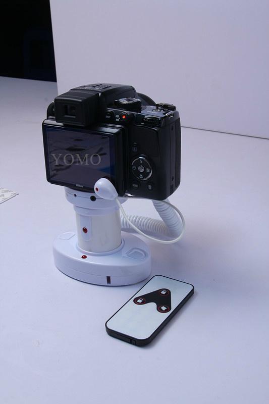 圓柱形相機報警器 充電防盜一體 真機防盜展示體驗 8