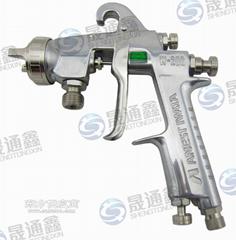 重慶岩田W-200大口徑手動底漆面漆噴槍