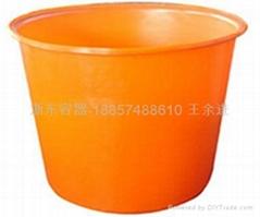 滾塑膠容器圓