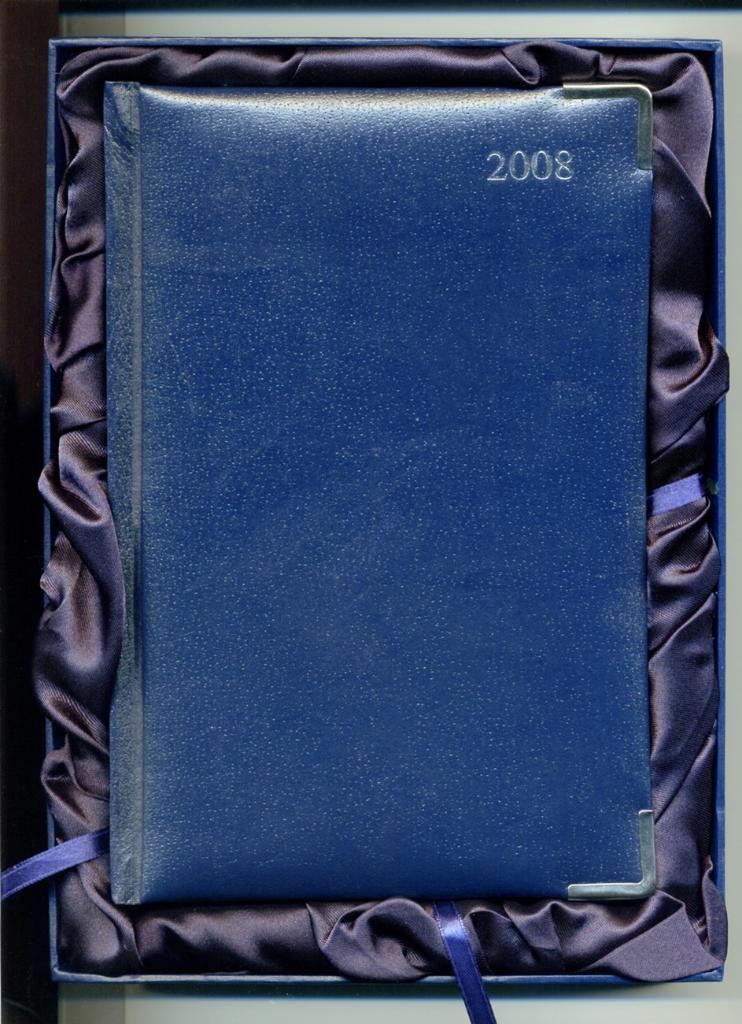 充皮纸线胶装笔记本 AD7089 4