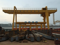 full-portal cranes