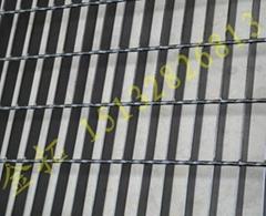 304不鏽鋼格柵板
