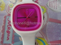 2012 New Fashion Silicon Jelly Watch Available