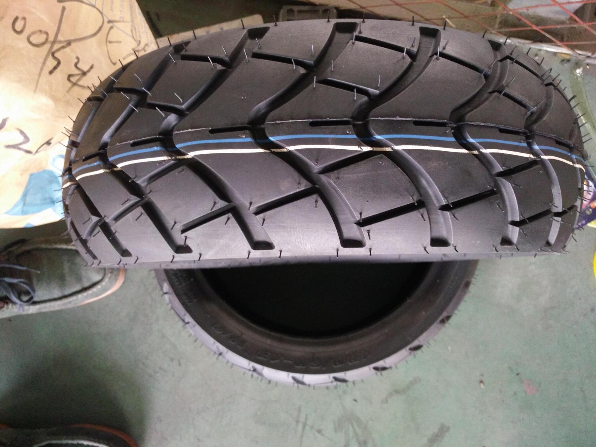 廠家直銷高品質真空輪胎120/70-12 2