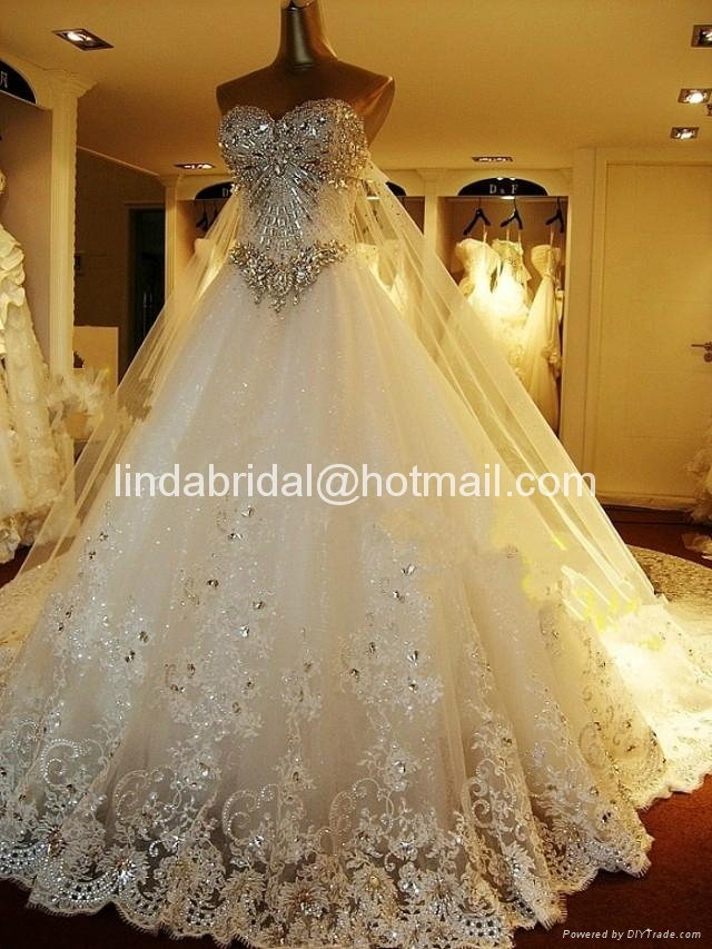 A-line Lace Wedding Dresses Rhinestones Luxury Wedding Gowns  4