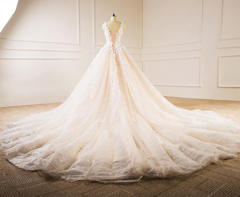 Sleeveless V-neck Bridal Dresses Lace Tulle Champagne Custom Wedding Gown E229 4