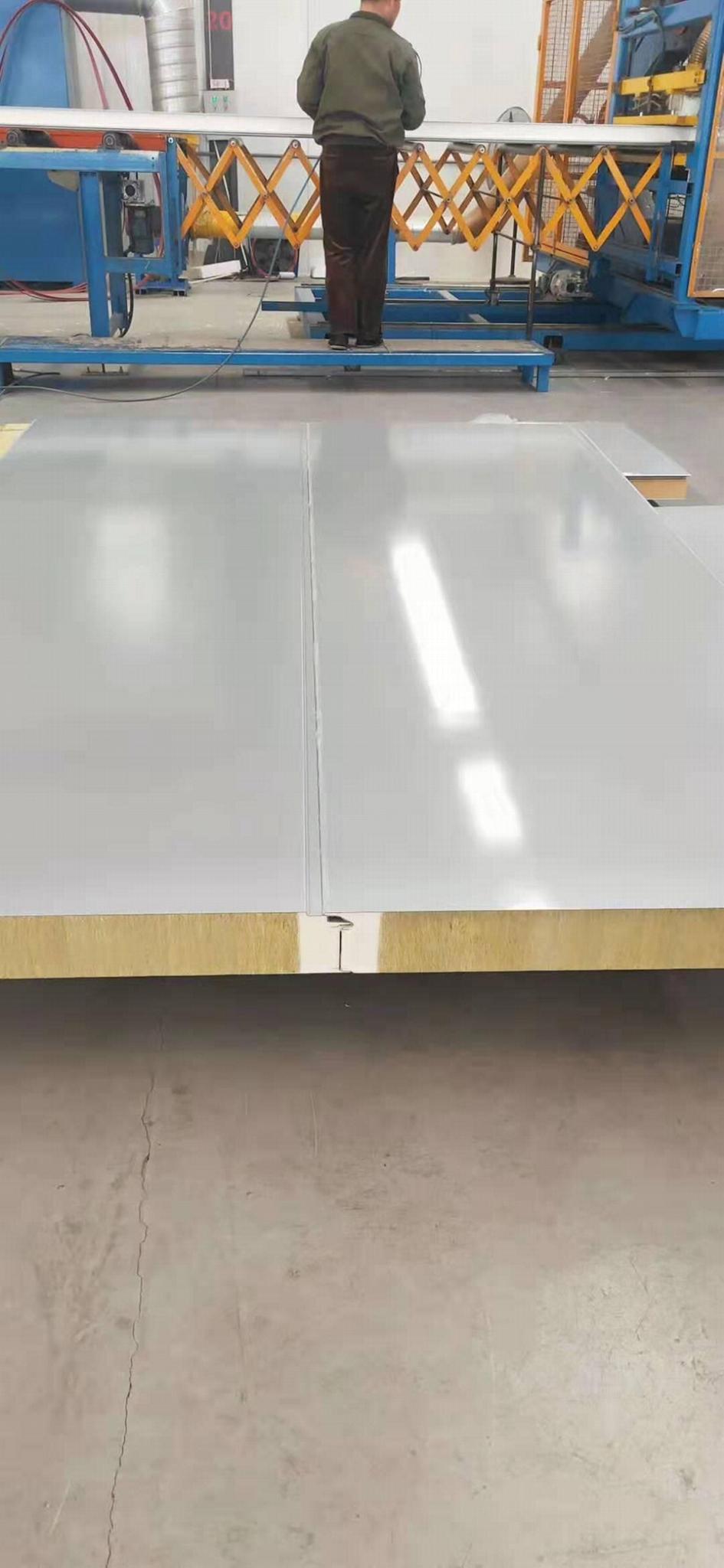 聚氨酯拉缝型墙面保温板 1