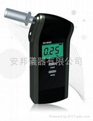 呼气式酒精测试器 DA-8000