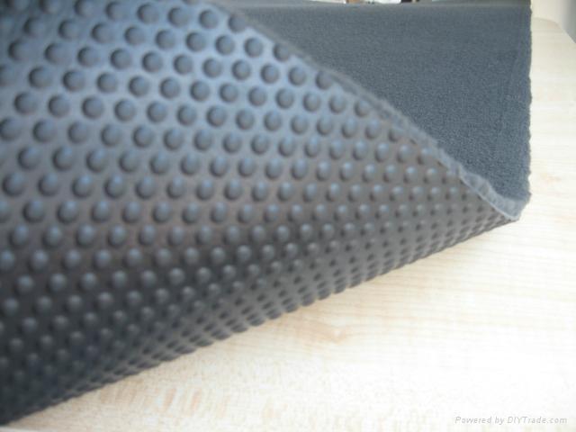 奥迪专用TPR簇绒脚垫地毯面料 1
