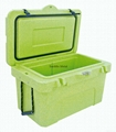 cooler box with thermometer