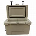 Roto Cooler Box 35L