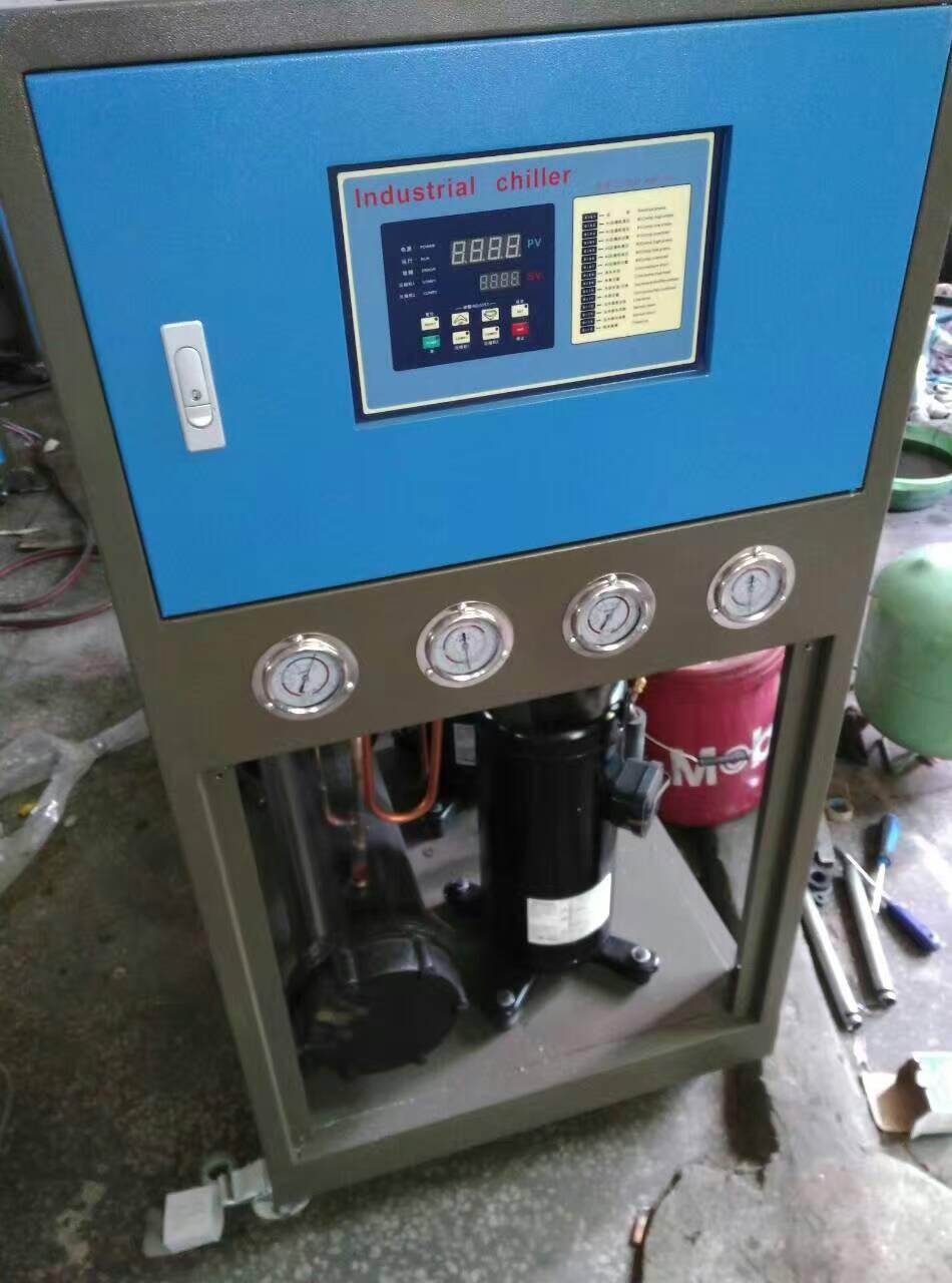 工业冷水机 3