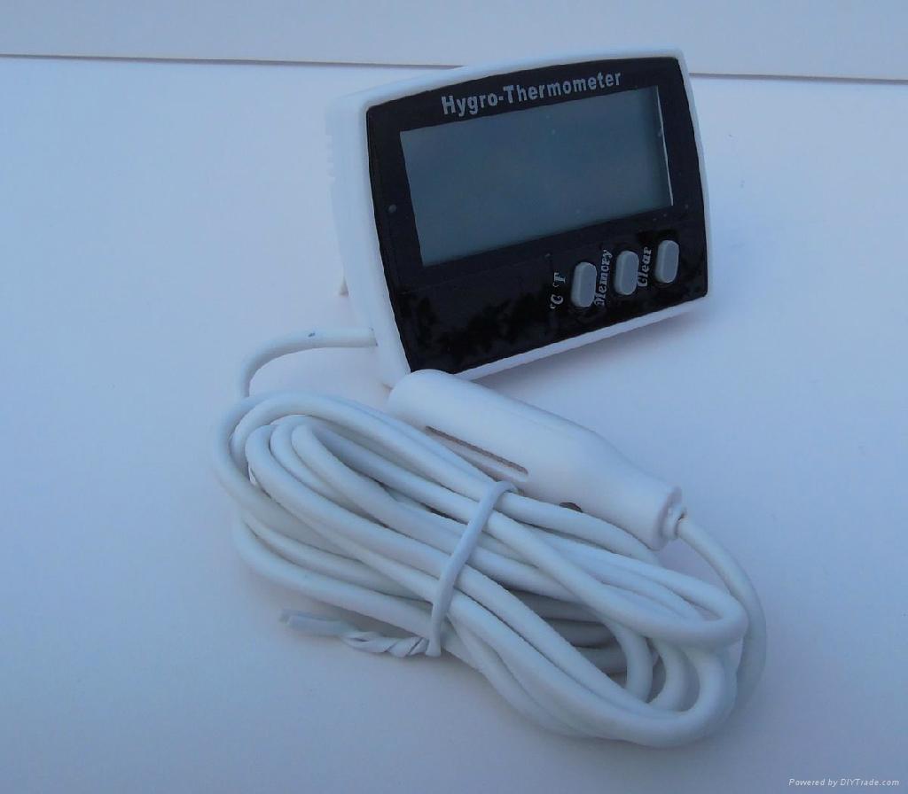 Mini fridge digital thermometer and hygrometer 1