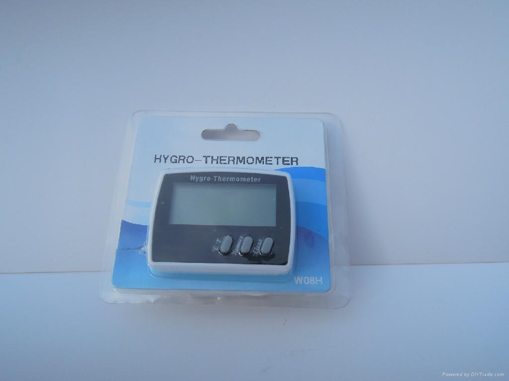 Mini fridge digital thermometer and hygrometer 4