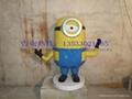 卡通小黃人雕塑