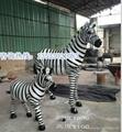 树脂彩绘斑马雕塑