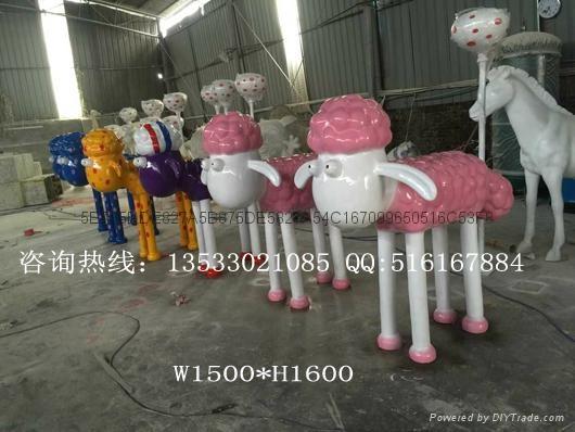 肖恩羊雕塑 1