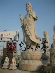 寺庙石雕观音佛像