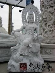 寺庙石雕自在观音菩萨