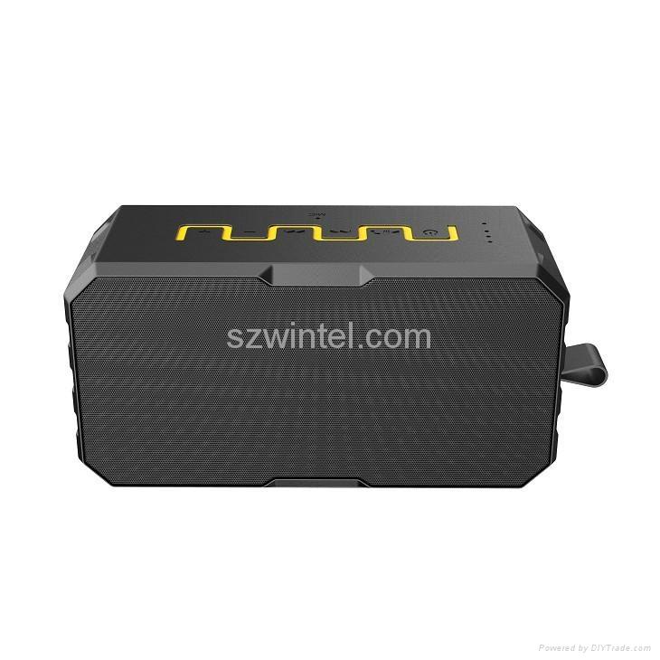 F5 IP65 waterproof Bluetooth speaker with power bank function 3