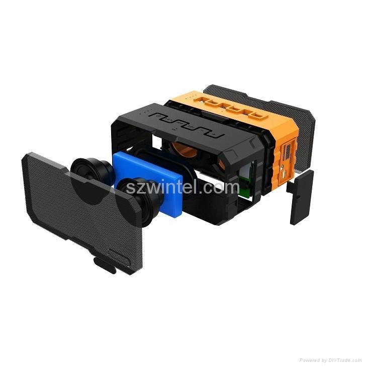 F5 IP65 waterproof Bluetooth speaker with power bank function 4