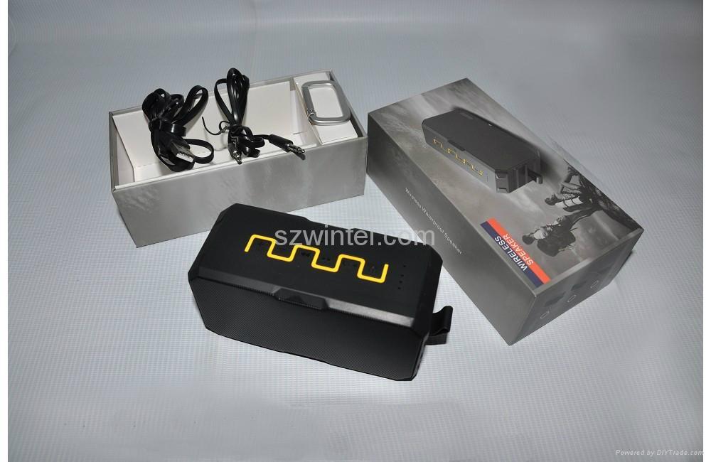 F5 IP65 waterproof Bluetooth speaker with power bank function 5