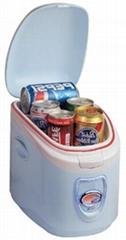 輕便型電子冷熱箱