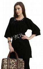 秋裝新品2011女裝金屬鉚釘勾花長款針織衫