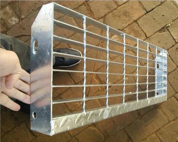 河北鍍鋅鋼格板 3
