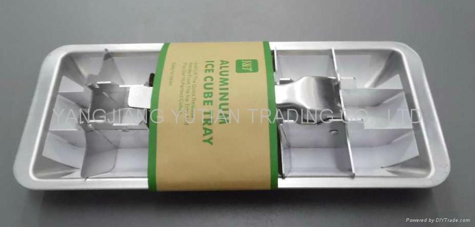 Ice cube tray 1