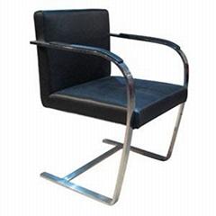 布爾諾椅子