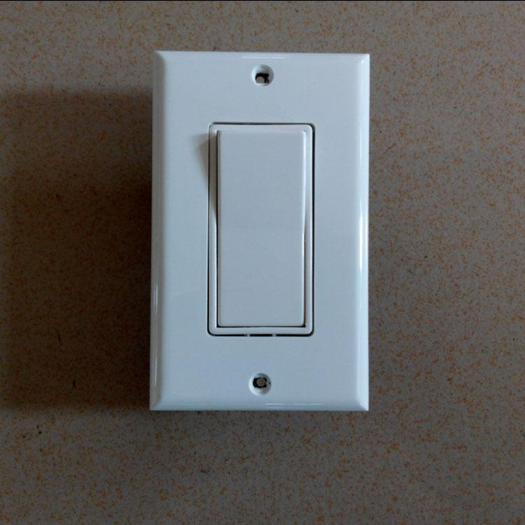 American Decorator Switches,Single-Pole,15A125V 3